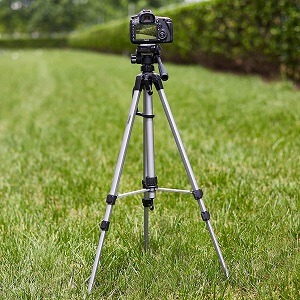 Amazon Basics 60 Inch Lightweight Tripod